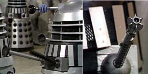 brazos armados dalek aparecidos en Death to the Daleks (Muerte a los Daleks)