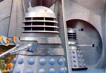 Daleks mark I durante la filmación de The Daleks (Los Daleks) en 1963