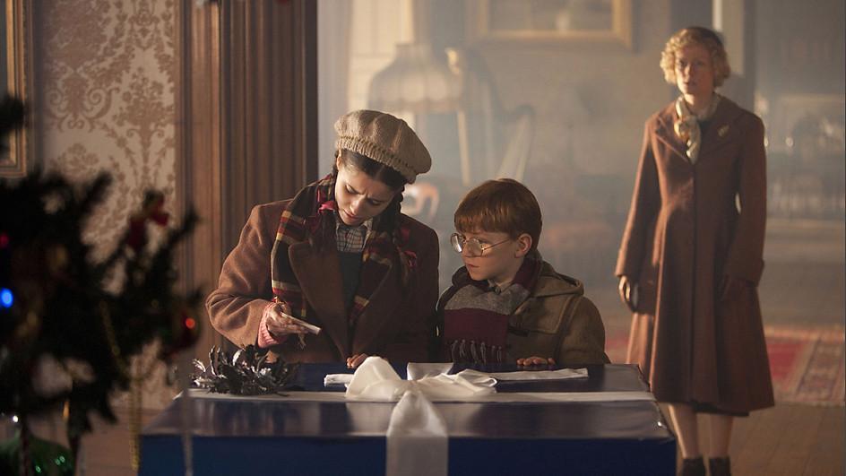 Foto promocional de Doctor Who El doctor, la viuda y el armario
