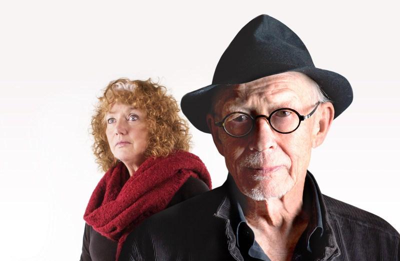 Louise Jameson y John Hurt War Doctor Casualties of War