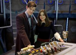 Moffat confirma la temporada 8 de Doctor Who